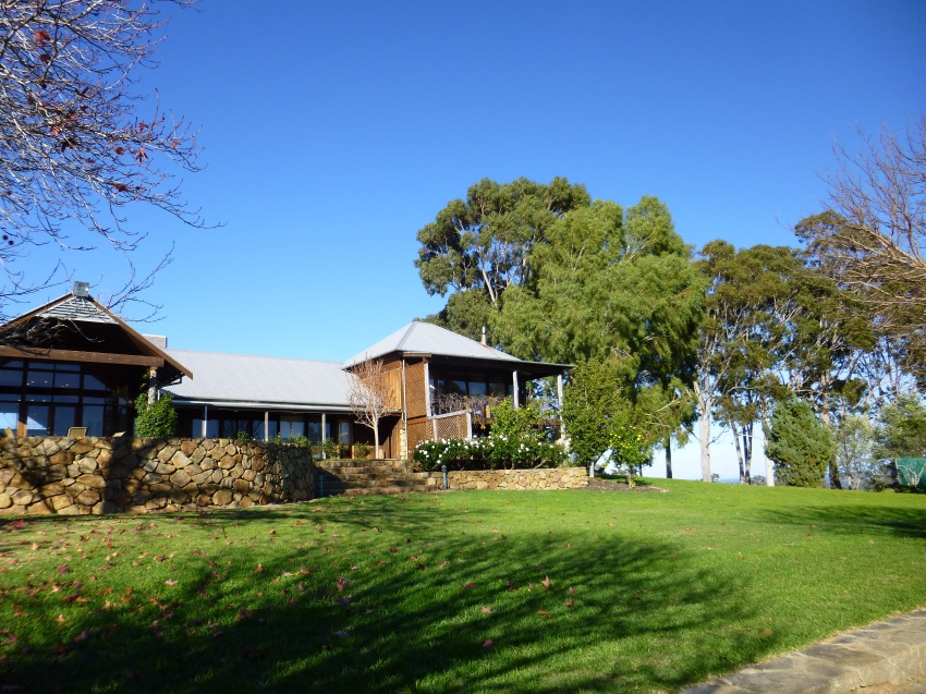 Yarrabah Homestead and Retreat near Jarrahdale WA