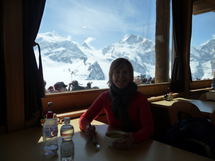 Refreshments in the Diavolezza restaurant at the top of the mountain