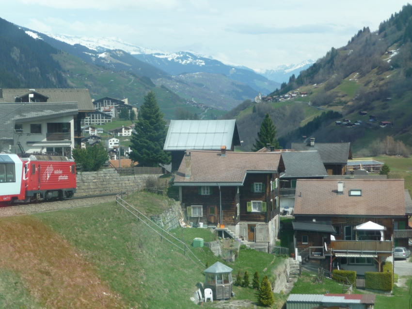 Coming in to Disentis Muster Station