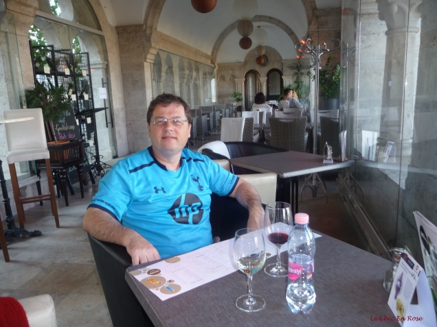 In the warmth! Fisherman's Bastion Cafe/Restaurant the glazed window side