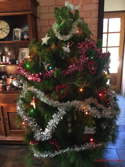 """I always get a """"real"""" tree despite the West Australian summer! It usually lasts well with daily watering!"""