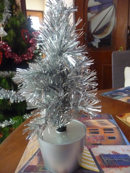 The tinsel tree - a back up in case it gets too hot and the other one wilts before January!