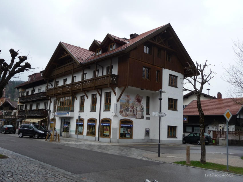 "Painted frescoes ""Lueftmalereien"" on the houses in Mittenwald"