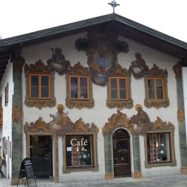 The welcoming site of the Cafe Zur Kaffeemuehle Mittenwald