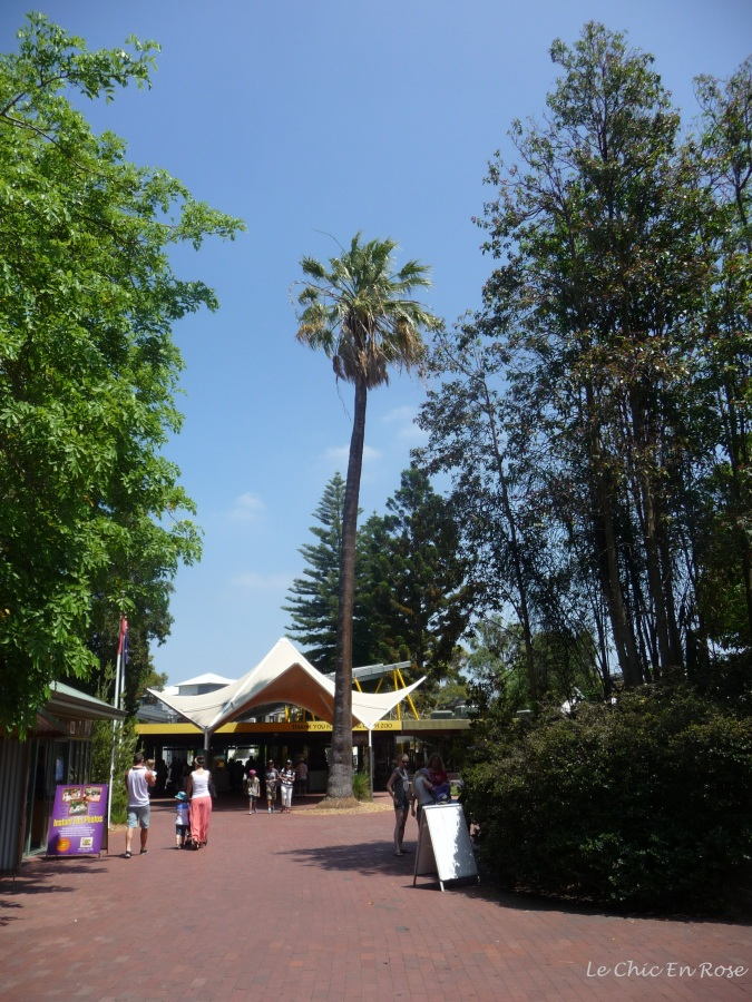 The main entrance of Perth Zoo