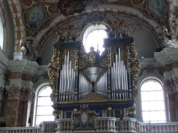 The impressive looking organ of the Dom St Jakob