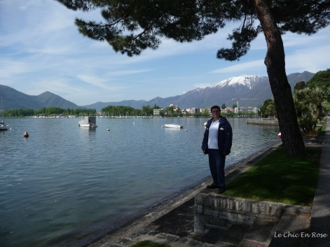 Walk along Lake Maggiore into Locarno