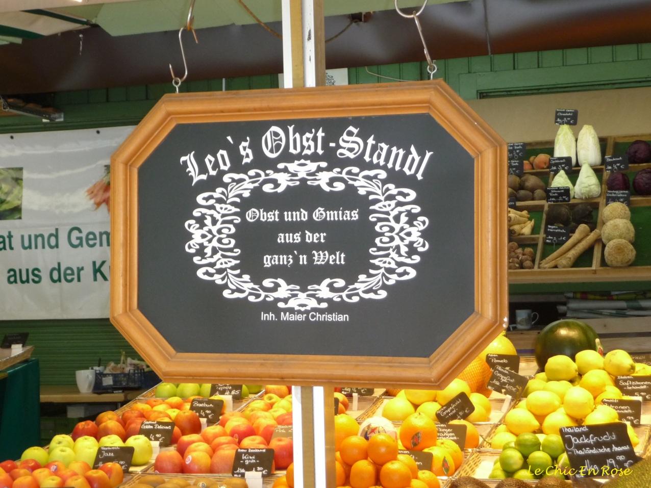 """Leo's """"Obst"""" Fruit Stall"""