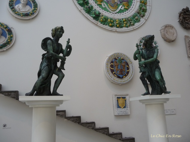"The statues known as the ""Wolsey Angels"""