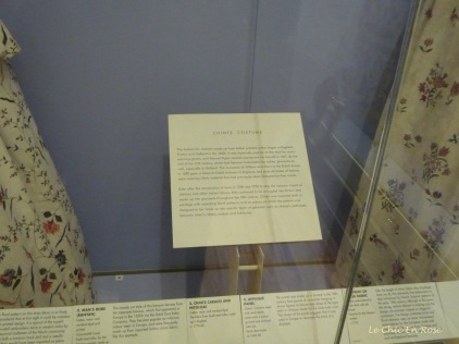 Explanation of the history of the design of the dresses