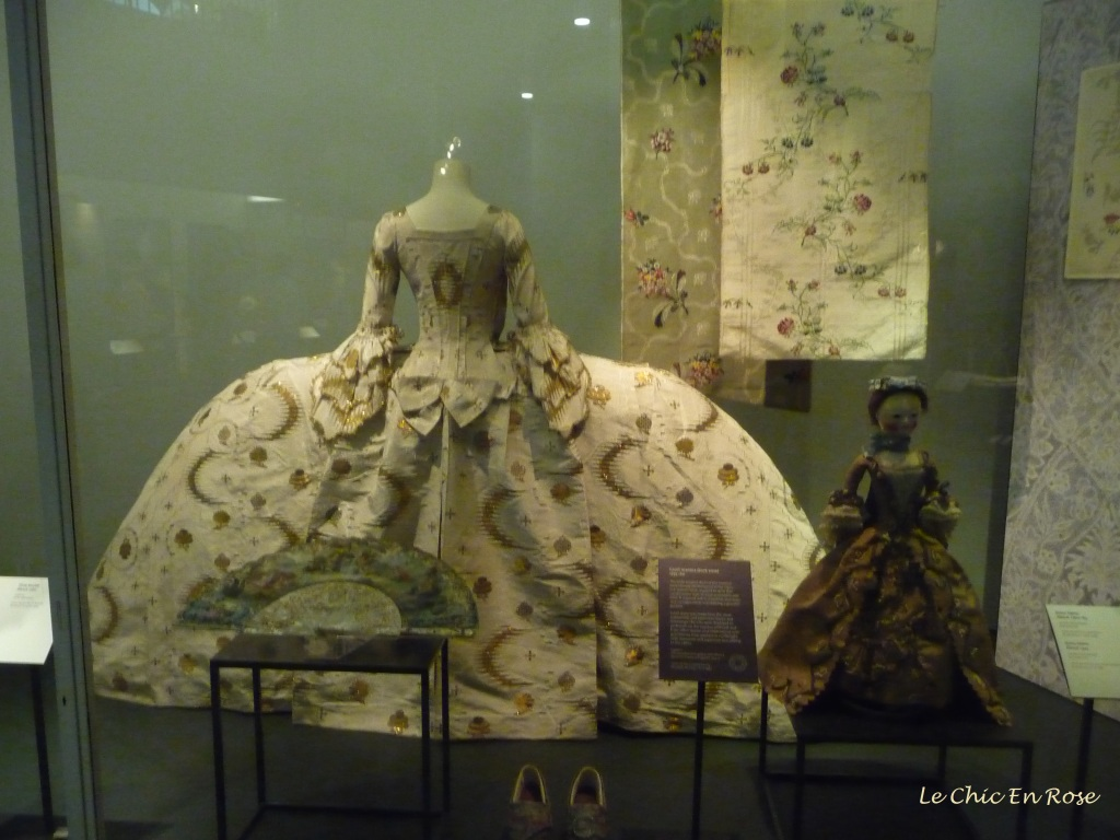 Courtier's dress from the V&A history of fashion collection