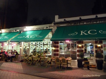 Exterior of the Kensington Creperie