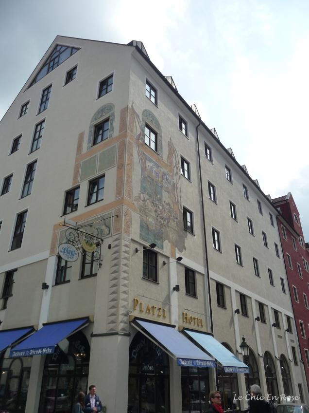 Our hotel in the Altstadt - the Platzl on Sparkassenstrasse