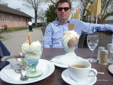 Monsieur Le Chic enjoying some of the local desserts overlooking the lake
