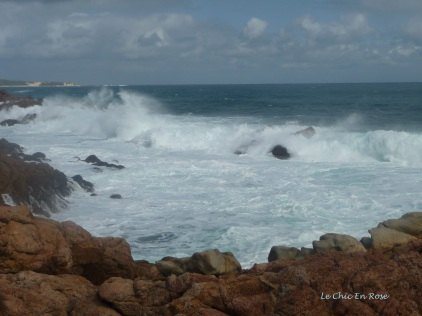 The Indian Ocean pounding the rocks at Canal Rocks Western Australia