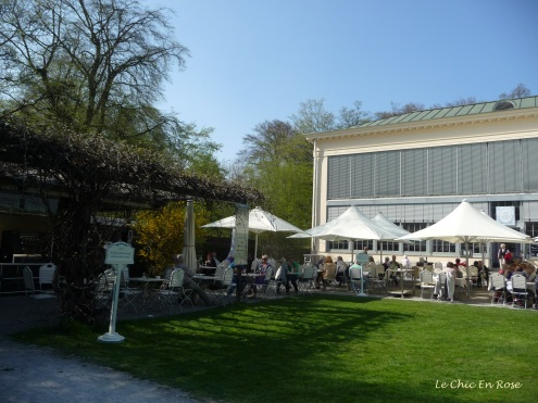 A little further down from the palace you come to the Schlosscafe Im Palmenhaus