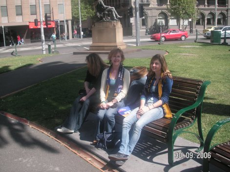 Famille Chic in Melbourne for the AFL Grand Final in 2006