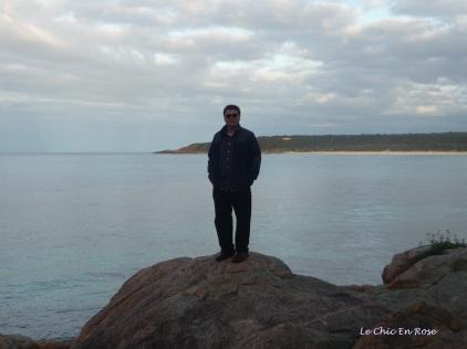 Vantage point on the rocks - Monsieur Le Chic