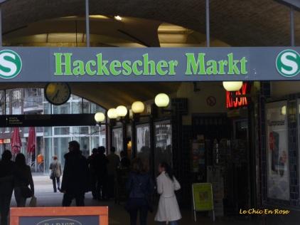 Hackescher Markt S Bahn Station