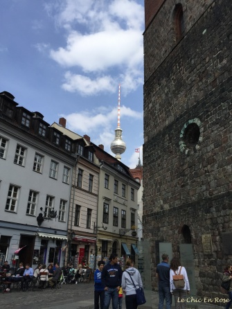 Nikolaiviertel - Fernsehturm In Background