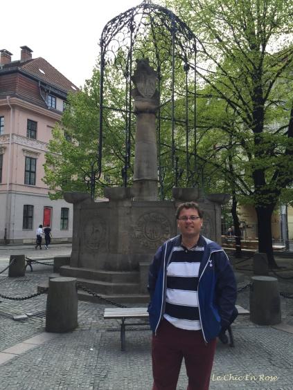 Bear Statue Nikolaiviertel