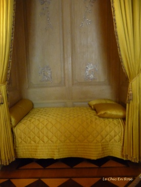 The Voltaire Room - Yellow Decor