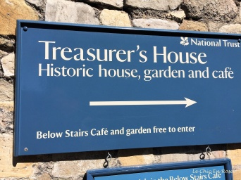 Signpost to Treasurer's House