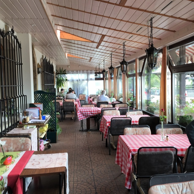 Taverne du Chateau de Chillon Terrace