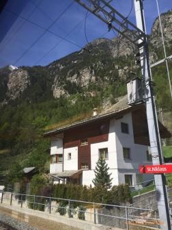 St Niklaus Station